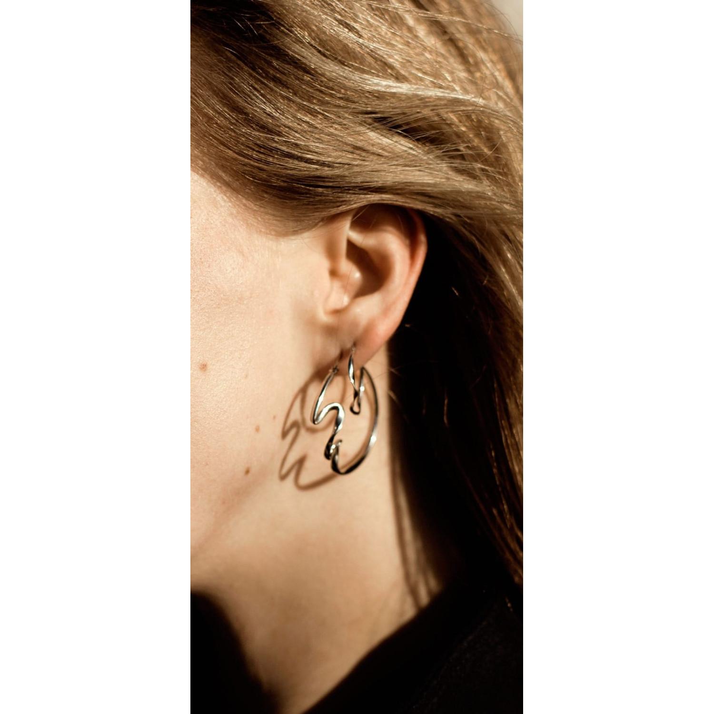 WAVE LARGE HOOP EARRINGS