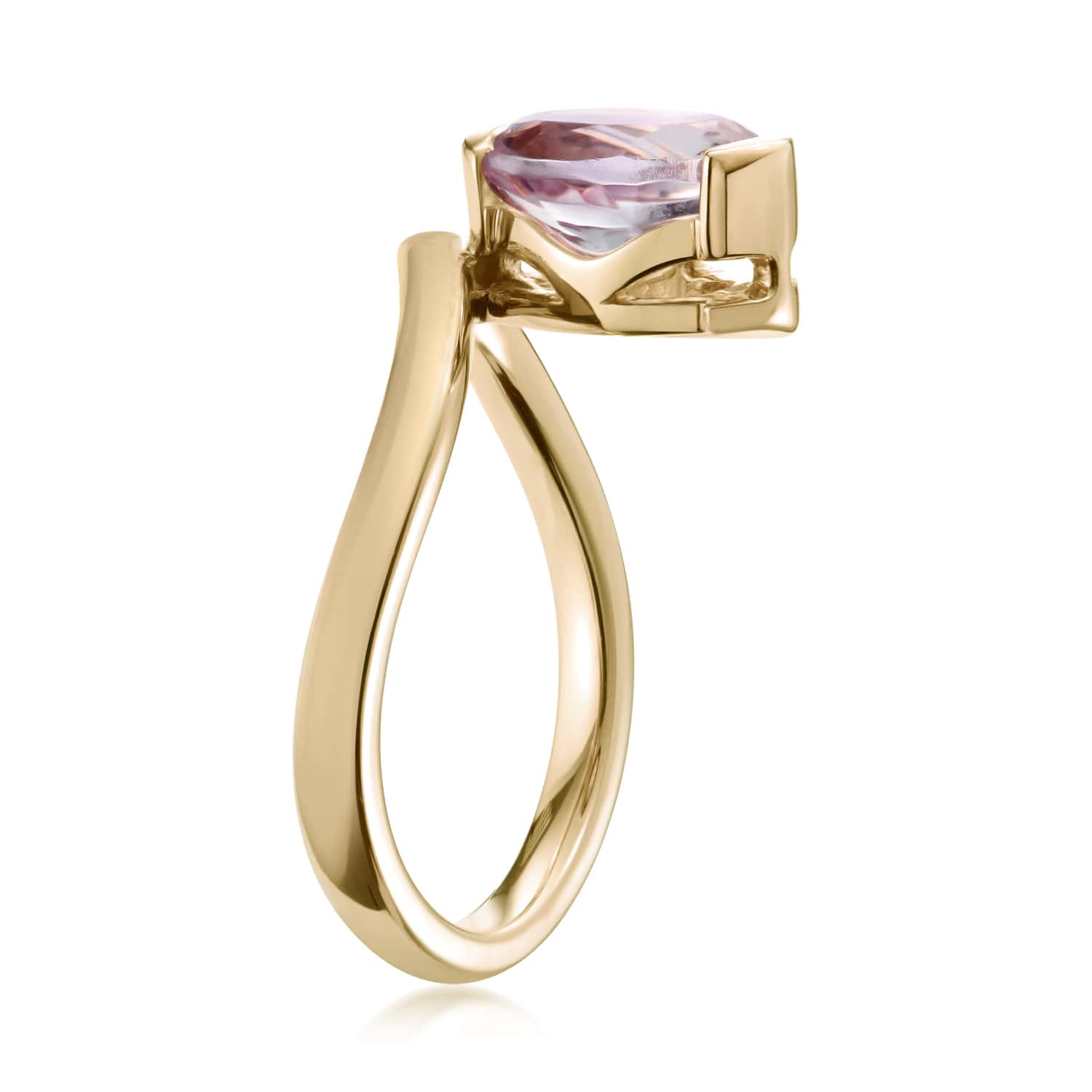 Belle Oval Pink Amethyst Ring